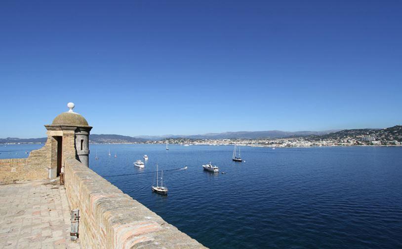 (c) Ville de Cannes