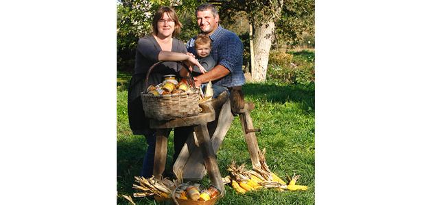 La ferme Descoubet, une exploitation familiale spécialisée dans l'élevage de canards et d'oies